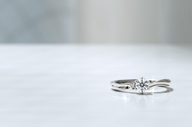 ダイヤモンドリング(E221-02-01156-B)