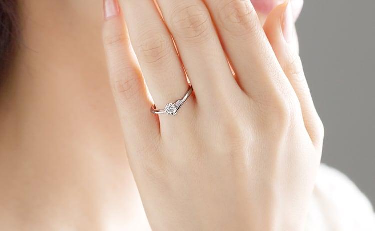 PT900 エピ ダイヤモンド ピンクダイヤモンド サイドストーン リング 0.3ct