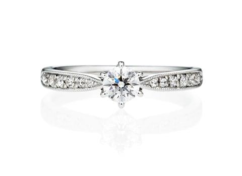 婚約指輪ヴィラエタニティ