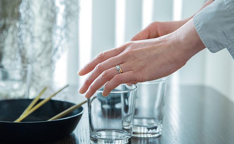 婚約指輪と結婚指輪の装着