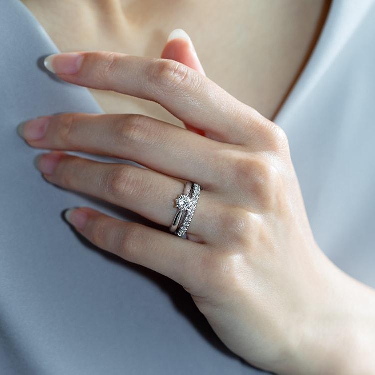 【初心者向け】婚約指輪の失敗しない選び方 – プロがおすすめする8つのポイント