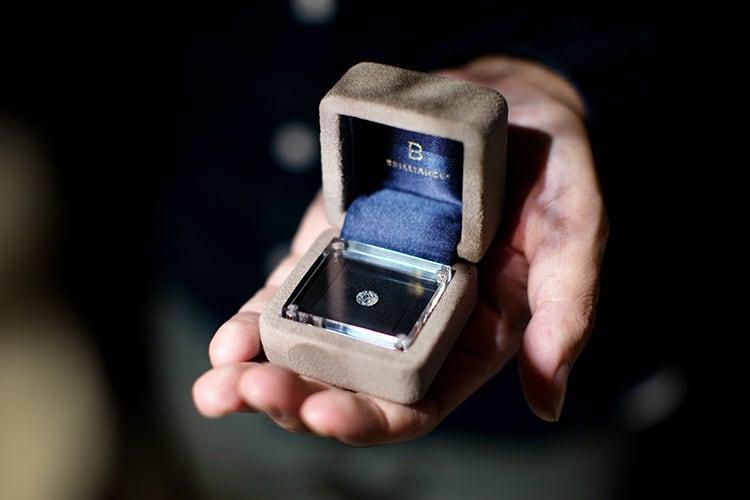 ダイヤモンドでプロポーズ