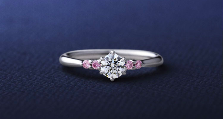 ピンクダイヤモンドの婚約指輪
