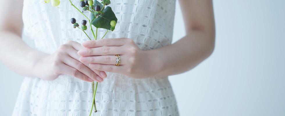 結婚して10年目。やっと婚約指輪をプレゼントできました!画像