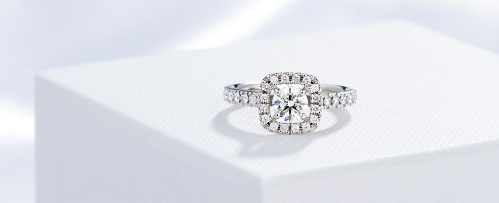 結婚10周年記念の婚約指輪