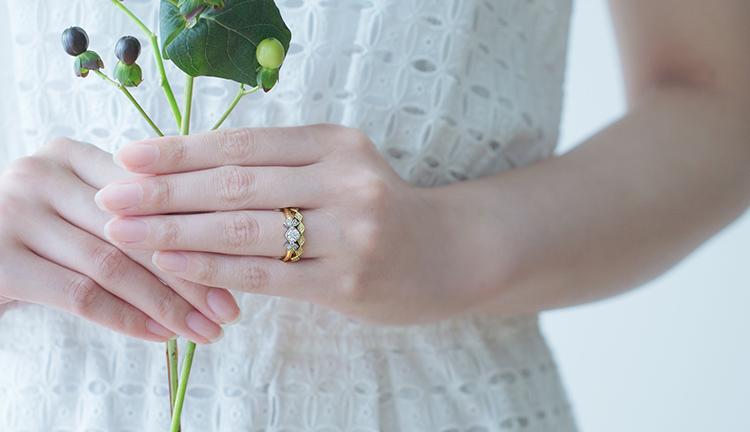 お薦めする婚約指輪・結婚指輪の重ねづけ