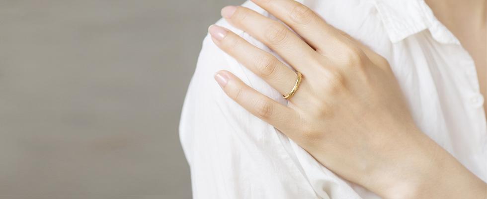 イエローゴールドの結婚指輪PC