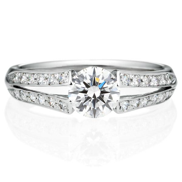 PT900 ラヴィーン ダイヤモンド サイドストーン リング 0.7ct