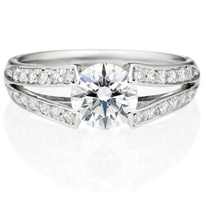 PT900 ラヴィーン ダイヤモンド サイドストーン リング 1.0ct