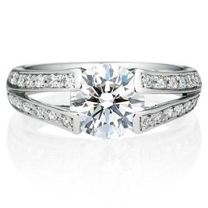 PT900 ラヴィーン ダイヤモンド サイドストーン リング 1.5ct