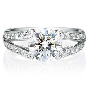 PT900 ラヴィーン ダイヤモンド サイドストーン リング 2.0ct
