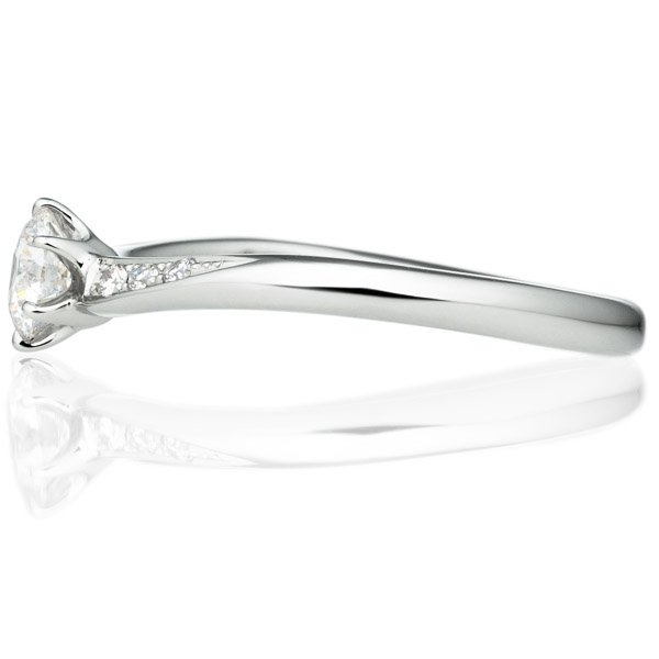 PT900 クロワッサン ダイヤモンド サイドストーン リング 0.3ct