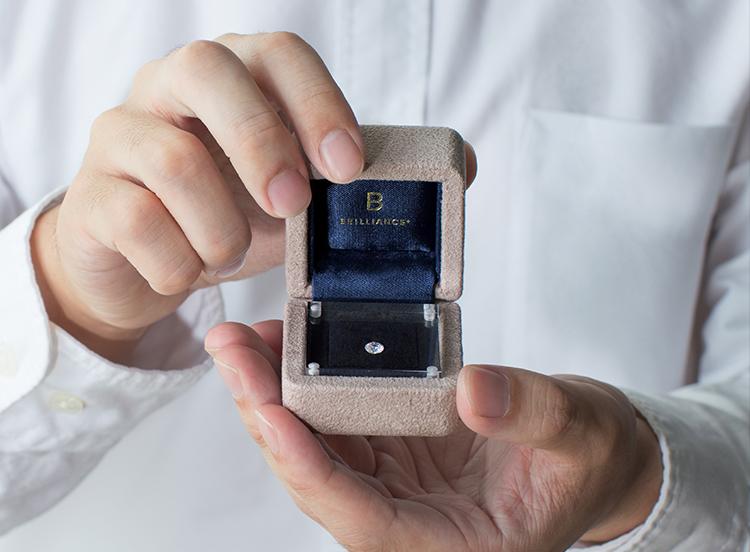 ダイヤモンドでプロポーズがおすすめです
