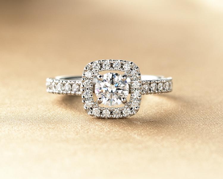 アンティークな婚約指輪sp