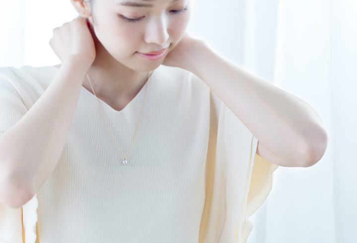 真珠 ネックレス 装着写真