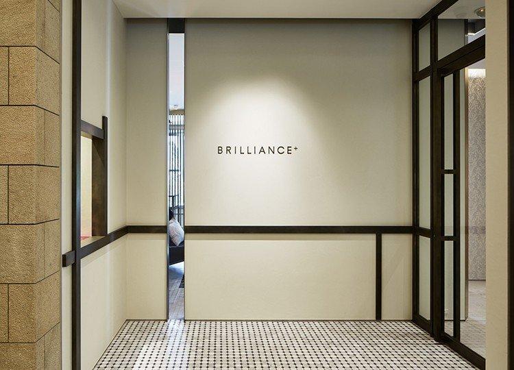 大阪店ショールームの入口