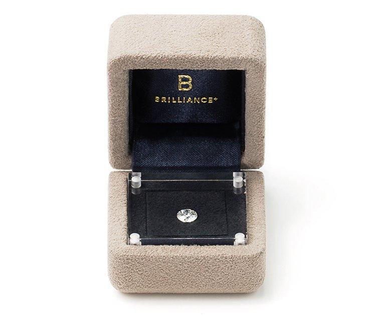 今話題の婚約指輪の新しい形 ダイヤモンドでプロポーズとは ...