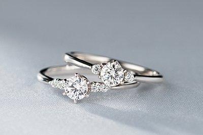 ブリリアンス+ オーダーメイド婚約指輪はこちら